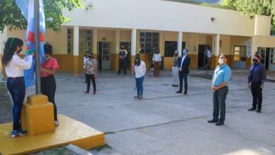 Photo of Alentaron a alumnas a seguir estudiando
