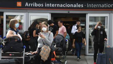 Photo of El Gobierno restringirá los vuelos a Brasil, México, Estados Unidos y Europa por el aumento de casos