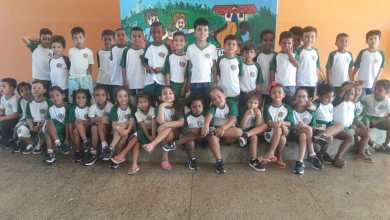 Foto de A Prefeitura de Riolândia realizou a entrega dos uniformes escolares aos cerca de 1.723 estudantes da rede municipal de ensino