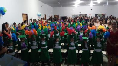 Foto de Formandos da EMEI Profª Marinha F. do Nascimento e do ANEXO Profª Vilma Aidar de Carvalho