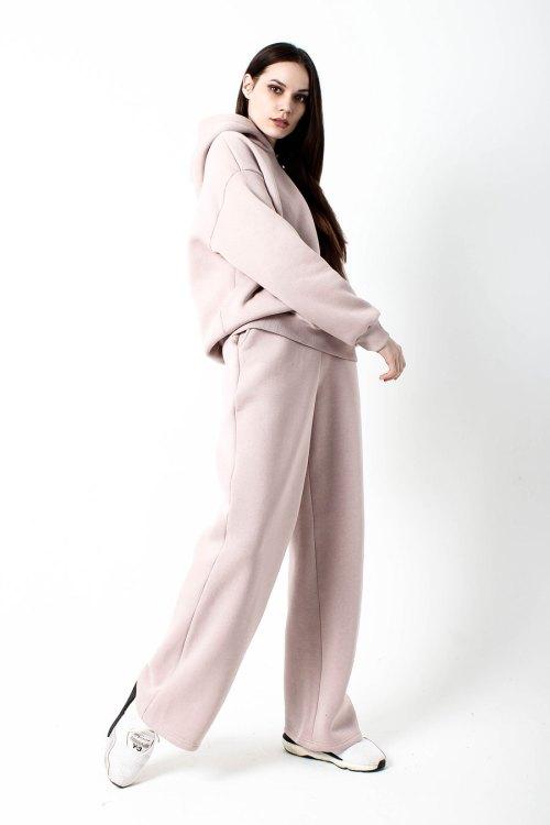костюм спортивный женский светло-бежевый