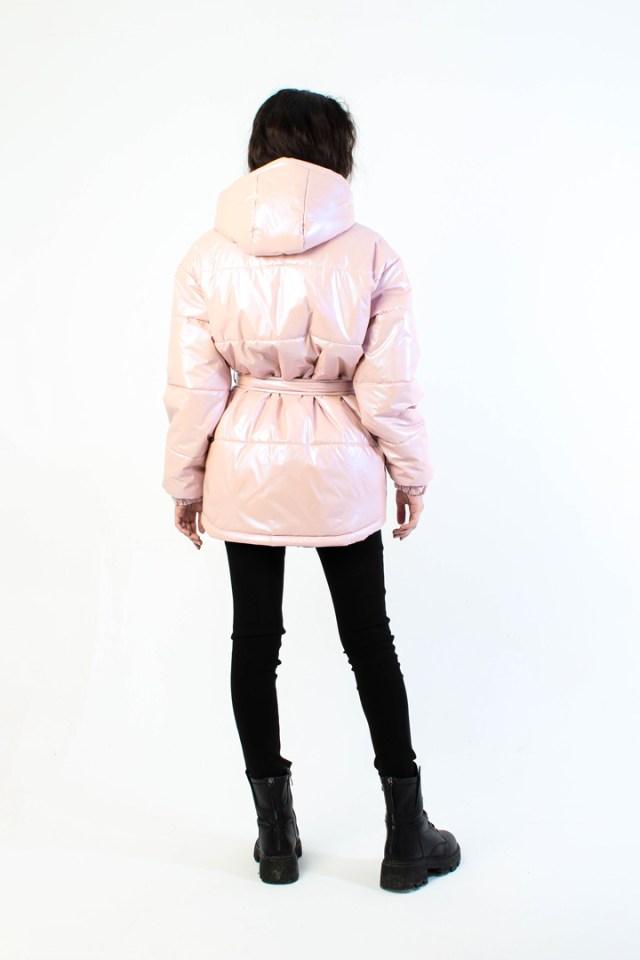 Лёгкая куртка из нейлона розовый