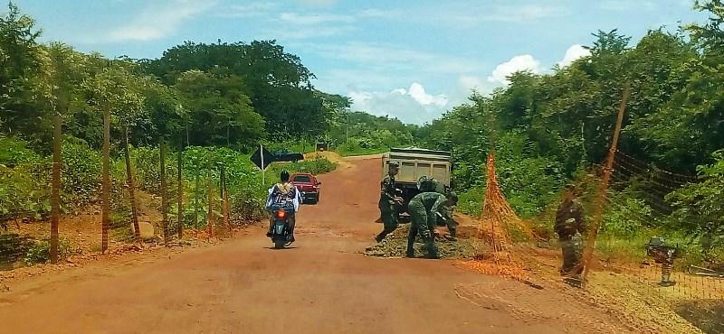 Exercito Realiza Intervenção em Desvio na localidade Aposento entre Batalha  e Esperantina