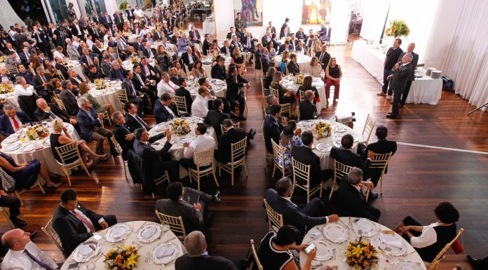 Brazil, Brasilia,President Temer hosts dinner to persuade allied Representatives to vote on Congressional amendment which would limit federal spending.
