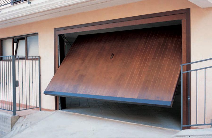 riparazione porte basculanti