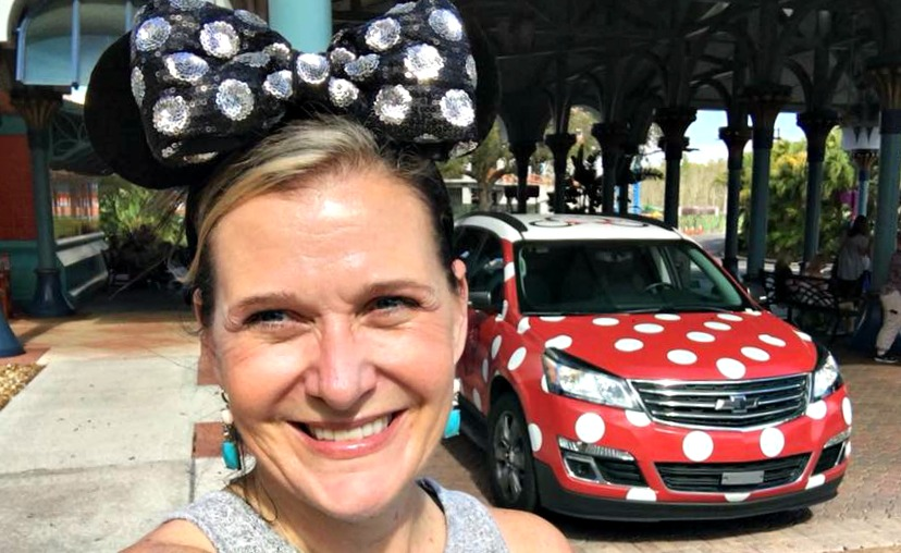 Everything you need to know about the Minnie Van service at Walt Disney World Ripped Jeans and Bifocals