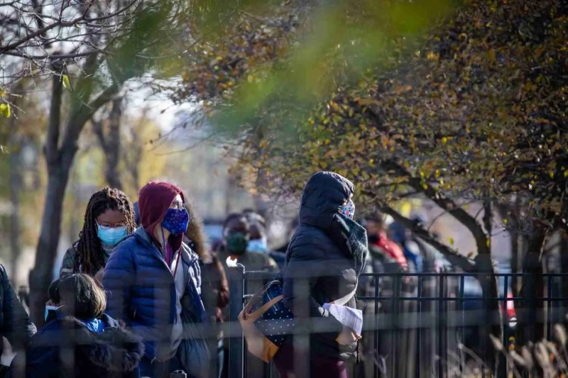 A line of early voters in Chicago, IL. Nov 2, 2020.
