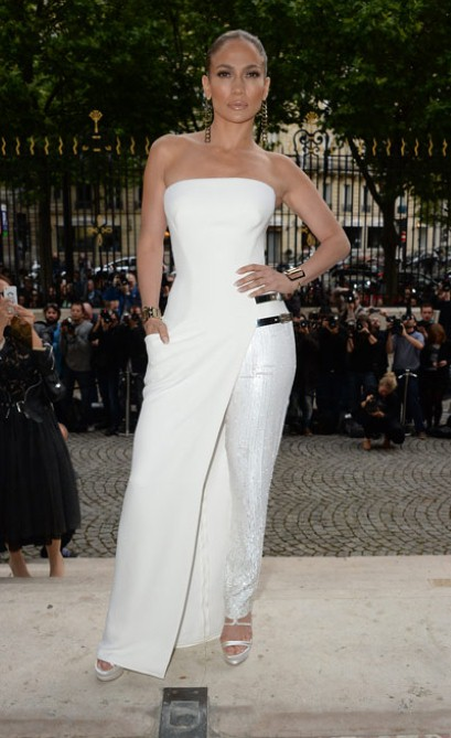 Jennifer Lopez in Versace Haute Couture