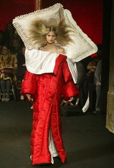 Viktor  Rolfs ownlabel silk duvetrobe and pillow