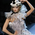 Karlie kloss closes the christian dior haute couture autumn winter