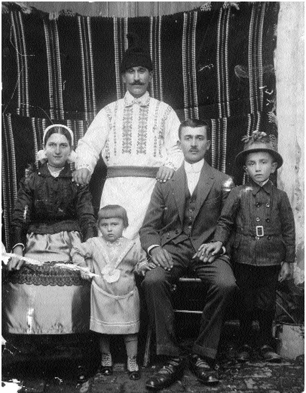 Familia-Malaimare-Cretu