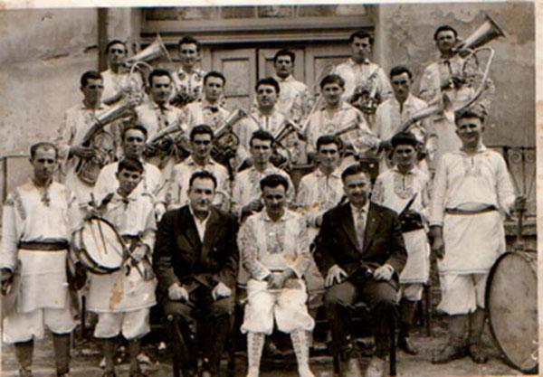 Fanfara din Coștei, dirijor Ion Rotariu-Cordân, 1950