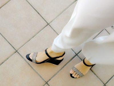 outletshoes サンダル おすすめ 脱ぎ履きしやすい