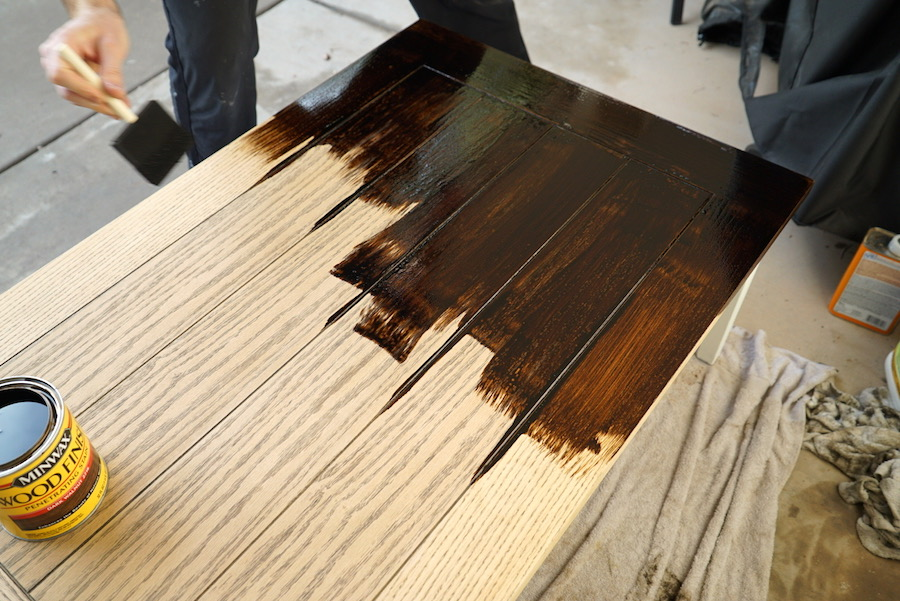 DIY Coffee Table   Staining