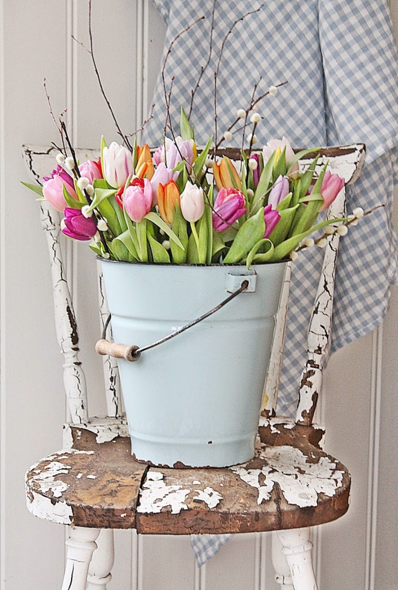spring decor - flower pot with chippy chair