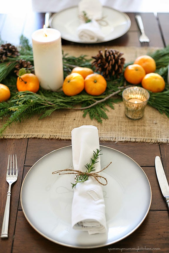 Thanksgiving Table Ideas - twine and greenery napkin ring