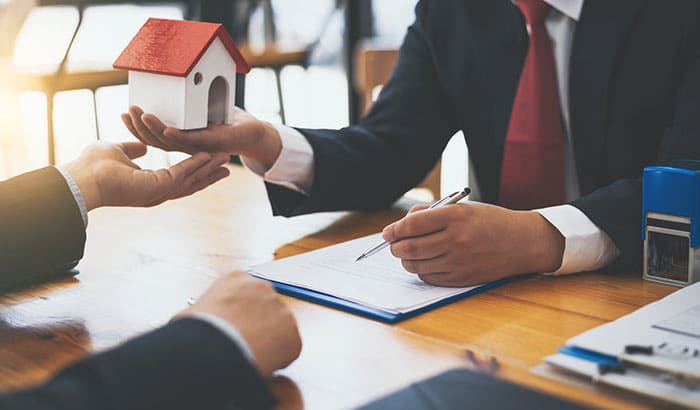 Expert Tips To Sell Your Home FAST In Texas