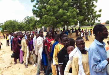Displaced-persons-queuing-up-for-relief-materials-in-Maiduguri...-on-Thursday-360x248