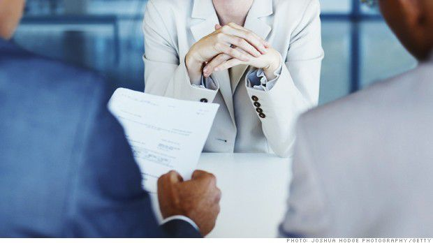 140328121315-job-interview-resume-620xa
