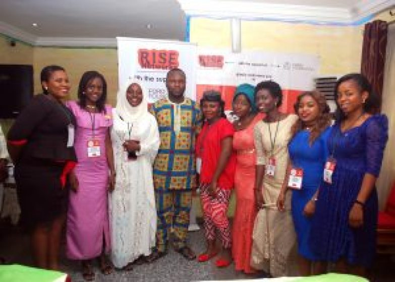 Mr. Cheta Nwanze, 2016 TNSLP Facilitator with some of the 2016 Fellows. #NSLP2016