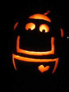 happy-robot-pumpkin