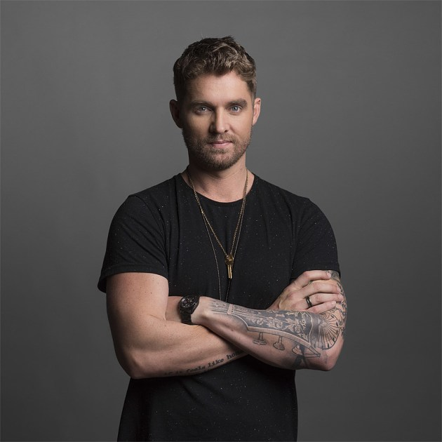 Brett Young  2017 Taste Of Country Risers