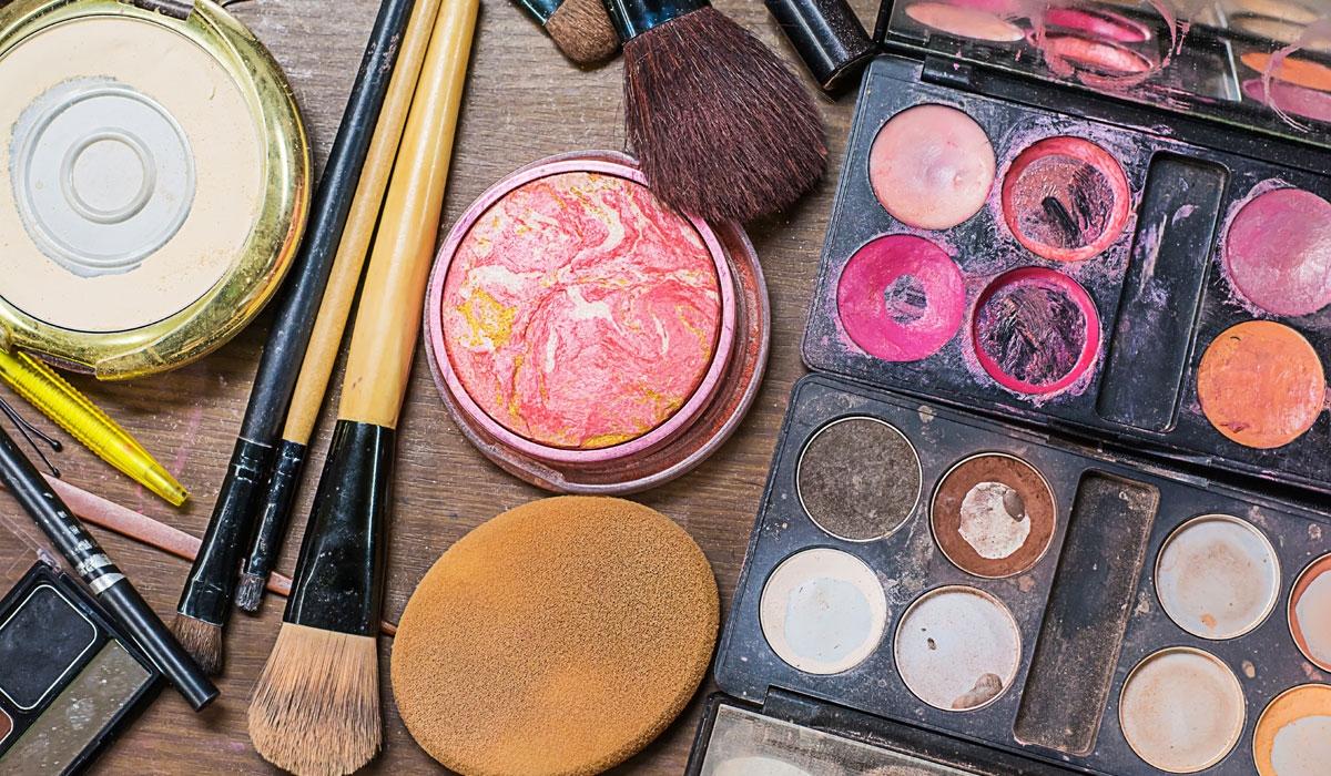 Penting Diperhatikan, 3 Cara Mengetahui Kapan Make Up Kadaluarsa |  MalangTIMES