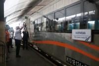 KA Kertanegara Berangkat Perdana dari Stasiun Malang