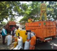 DLH Kota Malang Ajukan Penambahan 10 Dump Truck Baru