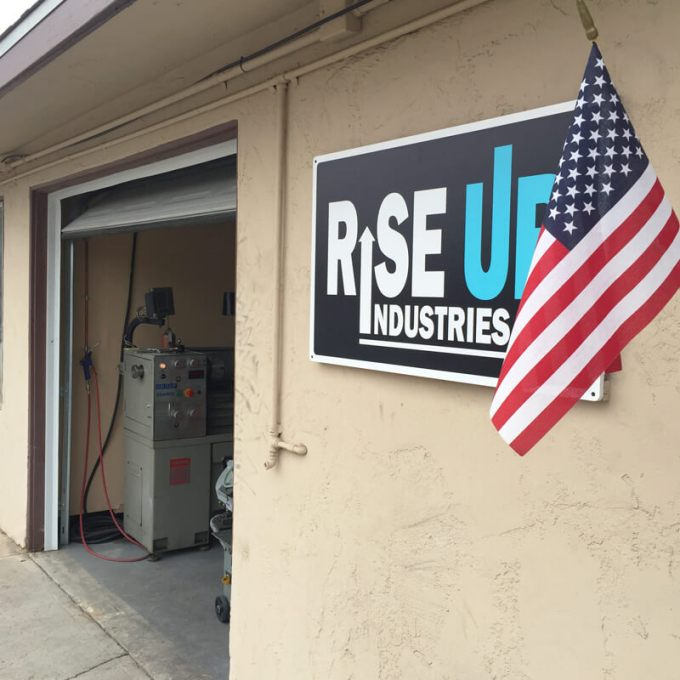 US Bank supports job training! – Rise Up Industries