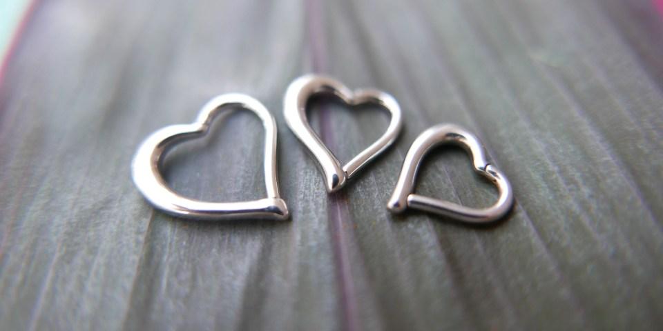 Heartshapedsegementring_Silverheartsegemntring_Heartclickring