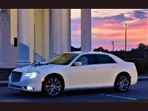 Limocar - Chrysler 300 (Starfire) / Seats 2 max