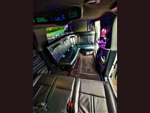 Lincoln MKT Limousine (Penny)