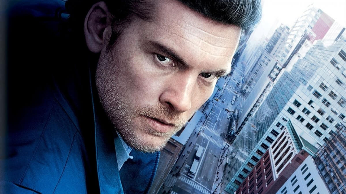 'MAN ON A LEDGE' (2012). Review of the caper film with Sam Worthington, Jamie Bell and Elizabeth Banks. All text © Rissi JC