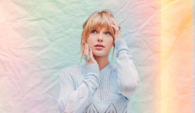 """Fangirl Discussion: 'ME!' Welcomes the TS7 Era! Talking about the single """"ME!"""" from Taylor Swift. Photos: Taylor Swift / Valheria Rocha"""