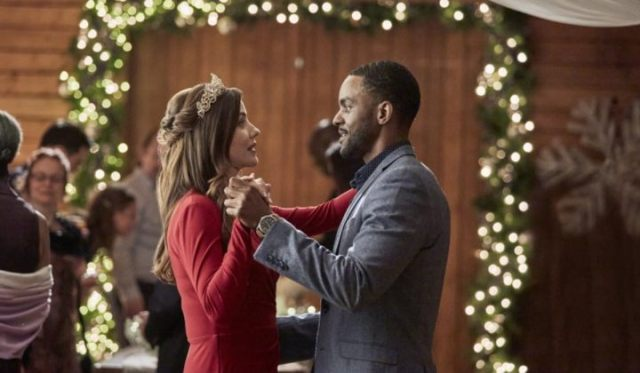 All of the New 2020 Hallmark Christmas Romance Movies! Taking a look at the *long* list of new 2020 Hallmark Christmas movies. Text © Rissi JC
