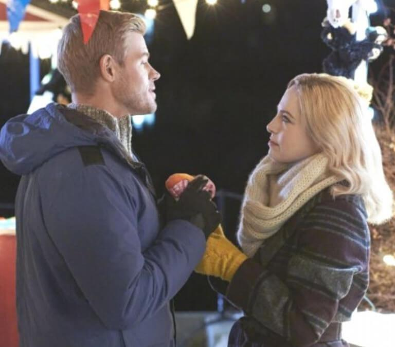 'Two For the Win': A Fun Winter-time Rom Com. A review of the Hallmark original with Trevor Donovan. All text © Rissi JC