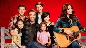 8 TV SITCOMS TO WATCH IF YOU LOVE NETFLIX'S 'COUNTRY COMFORT.' Sharing a few TV shows to watch if you liked the new Netflix show. Text © Rissi JC