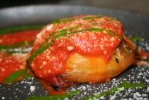 Tortino di Melanzane con salsa al pomodoro e basilico