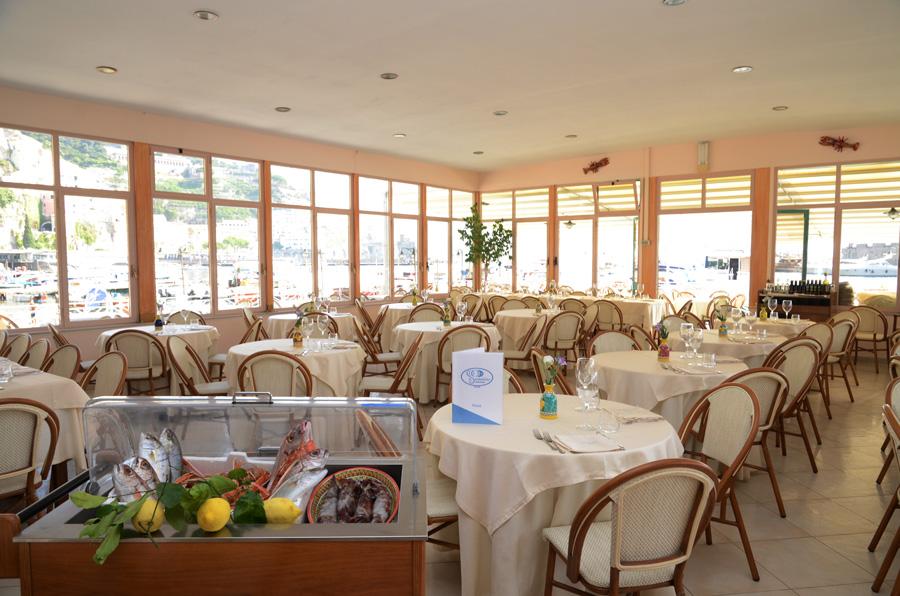 Lo Smeraldino Ristorante ad Amalfi  Cucina tipica marinara pizzeria sul mare