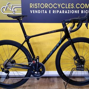GIANT TCR ADVANCED PRO DISC in pronta consegna. Ristorocycles Giant store Pinerolo, Torino