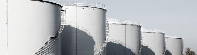 Serbatoi contenenti prodotti chimici e carburanti 03