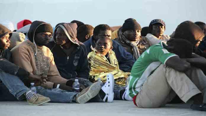 Migranti in mare