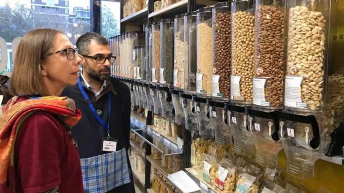 Una cooperativa di consumo con pasta senza imballaggi (foto generica)