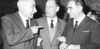 Nella foto Gambi è il primo a destra, accanto a Zaccagnini a un convegno della Dc a Venezia