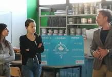 Nella foto, il direttore della Fondazione, Patrizio Lamonaca, con le operatrici dell'Unità di Strada - Servizi di Prossimità di Forlì