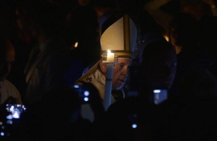 Papa Francesco alla Veglia pasquale di stasera