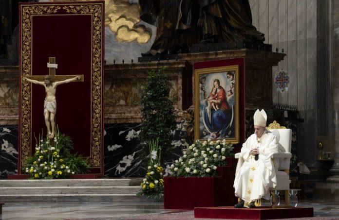 Il Papa questa mattina alla celebrazione del Corpus Domini
