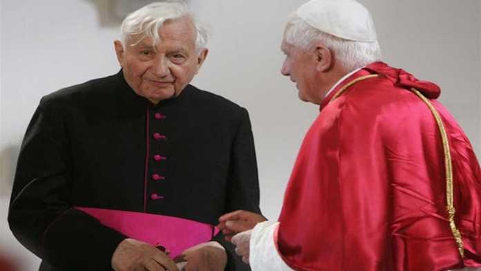 Benedetto XVI con il fratello Georg