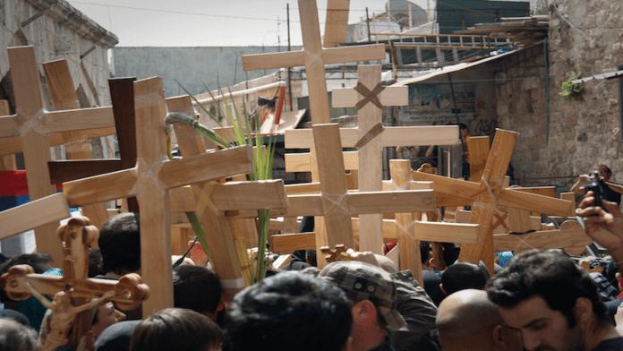 Croci lungo la Via Dolorosa (Foto M. Mezzera)